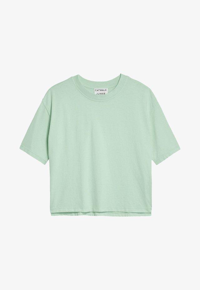 Basic T-shirt - brook green
