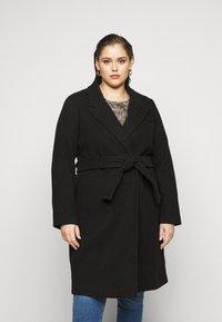 Vero Moda Curve - VMCALAHOPE JACKET - Classic coat - black - 0