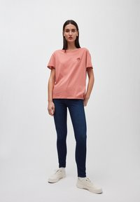 ARMEDANGELS - T-SHIRT AUS BIO-BAUMWOLLE NAALIN LITTLE SUNRISE - Print T-shirt - cinnamon rose - 0