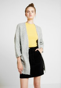 ONLY Tall - ONLCHUNKY 7/8 CARDIGAN - Cardigan - light grey melange - 0