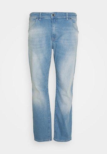 BATES PLUS - Straight leg jeans - bleached used