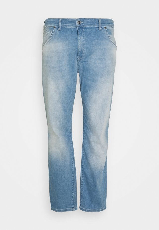 BATES PLUS - Jeans a sigaretta - bleached used