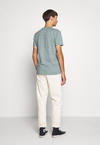 Hollister Co. - CREW - T-shirt z nadrukiem - sage - 2