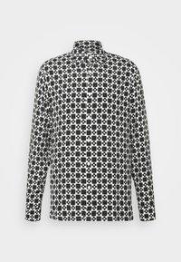 sandro - CROSS - Shirt - noir - 0