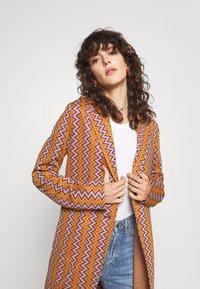 M Missoni - DUST COAT - Classic coat - pumpkin/giallo/blood/candy - 3