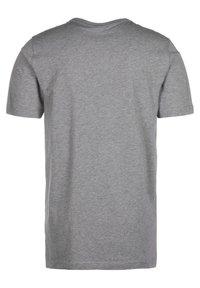 Puma - Print T-shirt - medium gray heather - 1