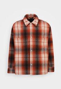 Levi's® - PORTOLA CHORE COAT UNISEX - Summer jacket - anatase picante - 8