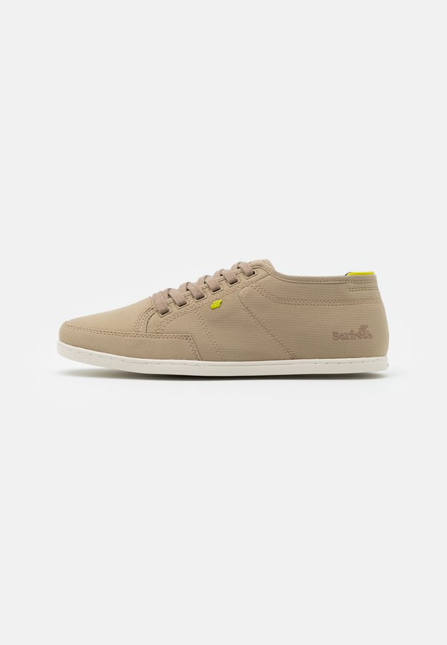 SPARKO - Sneakers basse - light brown