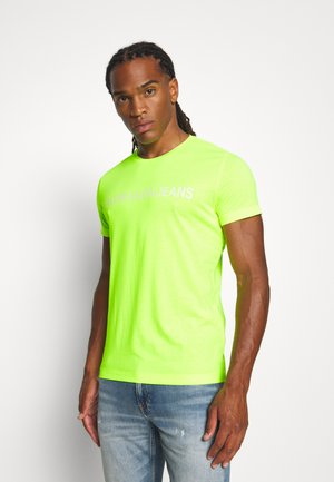 INSTITUTIONAL LOGO SLIM TEE - Print T-shirt - safety yellow