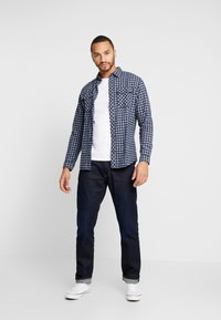 Jack & Jones - JCOTOWNSVILLE WORKER - Overhemd - sky captain - 1
