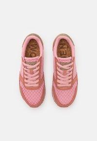 Woden - YDUN - Trainers - canyon rose/soft pink - 5