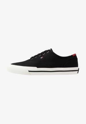 CORE OXFORD - Sneakersy niskie - black
