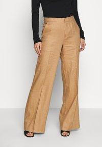 Benetton - TROUSERS - Spodnie materiałowe - beige - 0