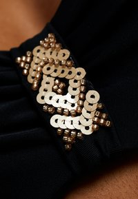LASCANA - GLORIA WIRE BANDEAU - Bikini top - black - 6