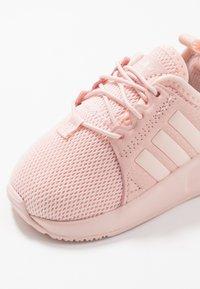 adidas Originals - X_PLR  - Dětské boty - light pink - 2