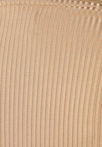 Libertine-Libertine - TONE - Long sleeved top - camel - 6