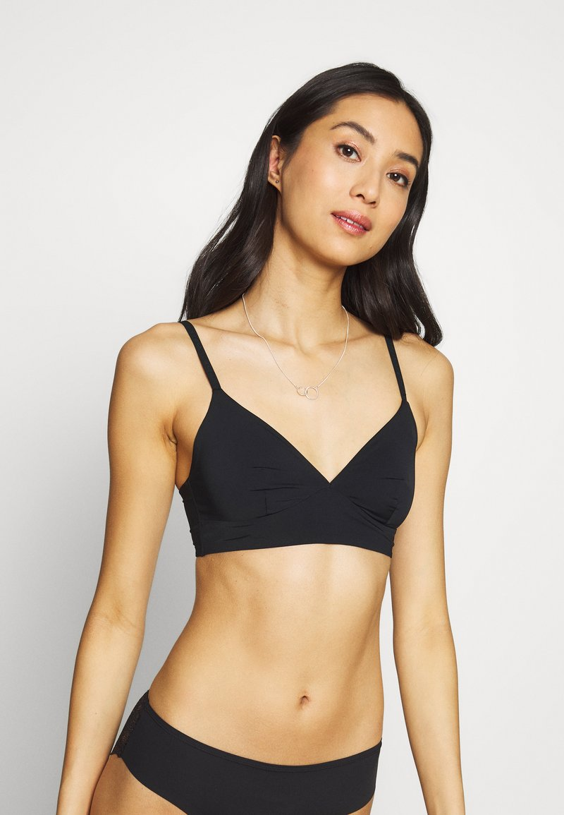 Marks & Spencer London - TOTAL CORE NONWIRED - Triangle bra - black