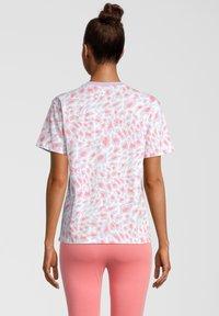 Fila - Print T-shirt - orchid petal leo allover - 2