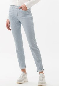 BRAX - STYLE SHAKIRA - Pantalon classique - clean light blue - 0