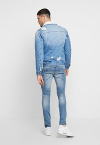 Redefined Rebel - DENNIS JACKET - Chaqueta vaquera - light blue - 2