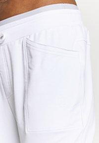 Limited Sports - SOLE - Teplákové kalhoty - white - 4