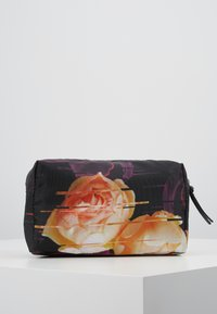 DAY Birger et Mikkelsen - GWENETH P DISTORT BEAUTY - Kosmetiktasche - multi colour - 0