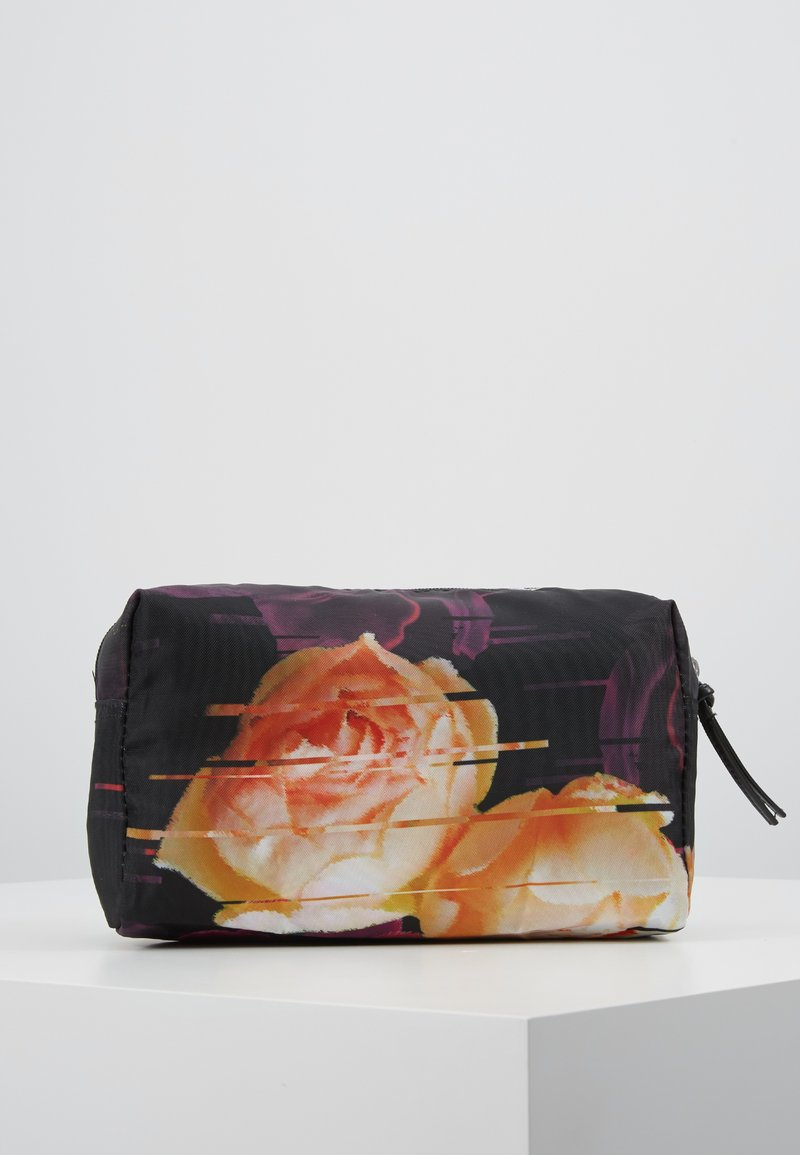 DAY Birger et Mikkelsen - GWENETH P DISTORT BEAUTY - Kosmetiktasche - multi colour