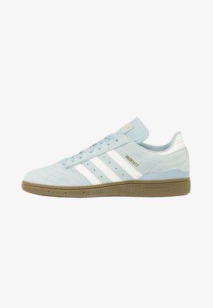 Skate shoes - light blue