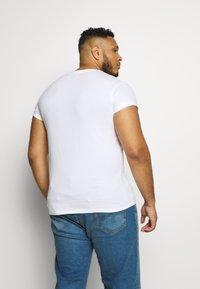 Topman - 2 PACK - Basic T-shirt - multi - 2