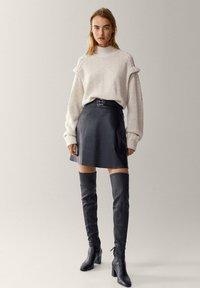 Massimo Dutti - A-line skirt - black - 0