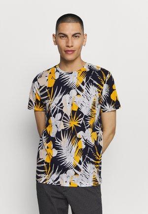 JORNIKO  - Print T-shirt - spicy mustard