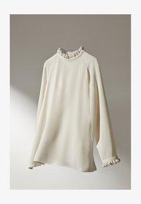 Massimo Dutti - MIT VOLANTS  - Blouse - white - 1