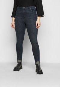 Vero Moda Curve - VMLOA - Jeans Skinny Fit - dark blue denim/black wash - 0