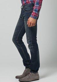 Firetrap - SIFTON - Straight leg jeans - signet - 3