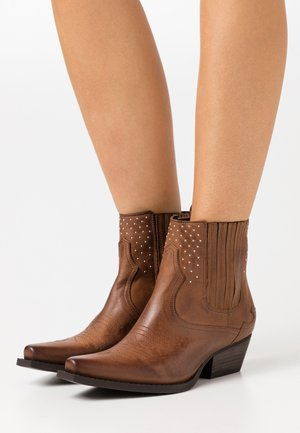 Cowboy/biker ankle boot - chestnut