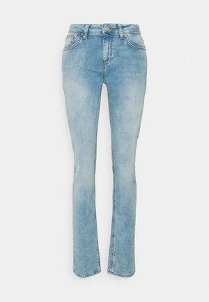 ASPEN - Slim fit jeans - leilani wash