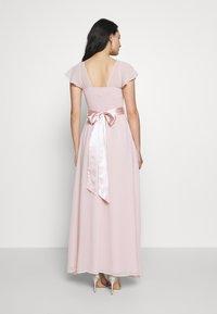 Dorothy Perkins - RILEY RUFFLE DETAIL SOFT SLEEVE MAXI DRESS - Společenské šaty - blush - 2