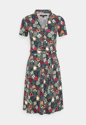 EMMY DRESS KOJI - Sukienka koszulowa - opal green