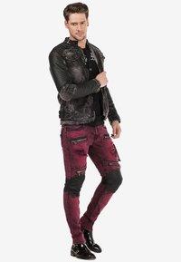 Cipo & Baxx - Jeans Skinny Fit - burgundy - 1