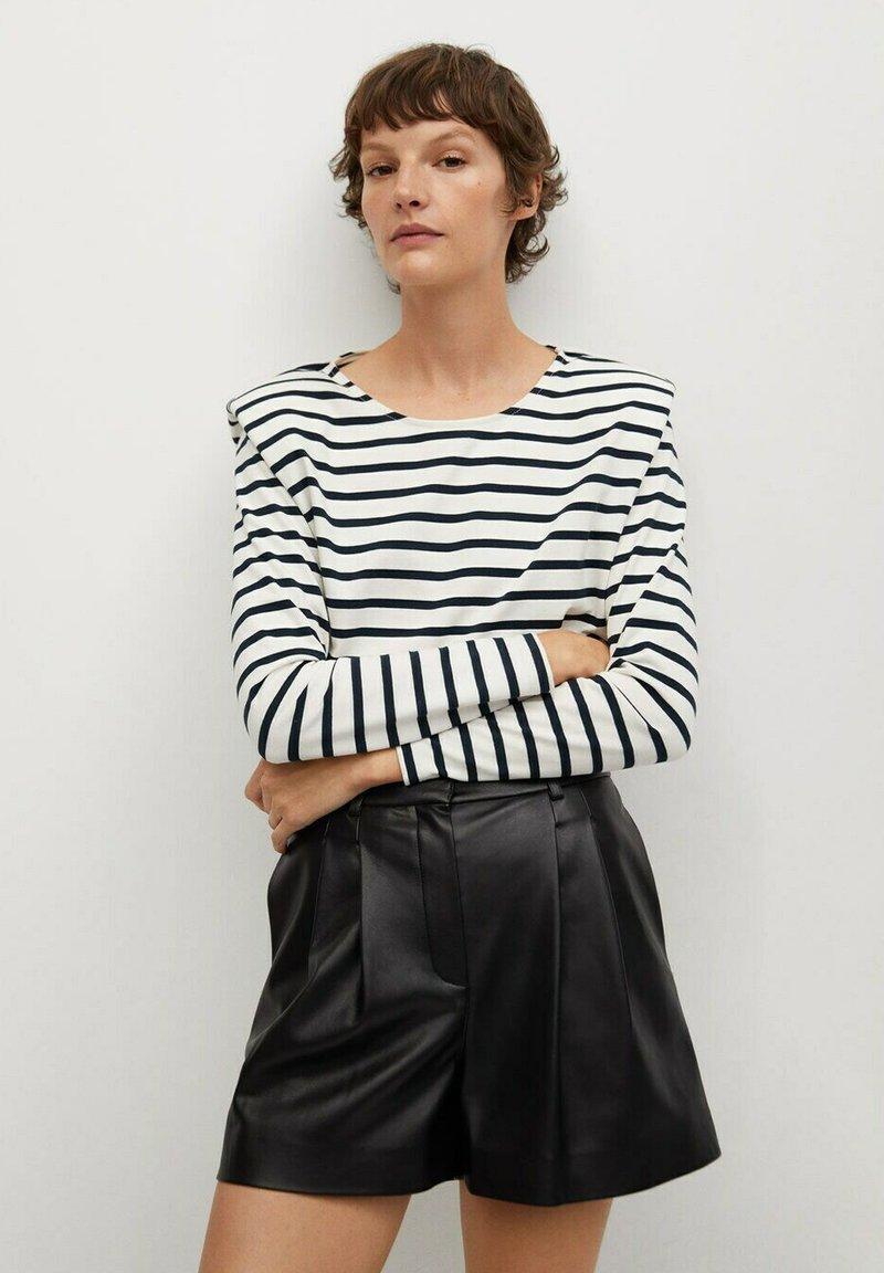 Mango - Shorts - zwart