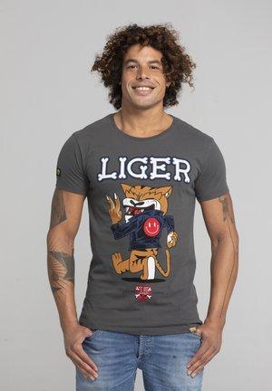 LIMITED TO 360 PIECES - DARRIN UMBOH - LIGER - T-SHIRT PRINT - Print T-shirt - dark grey