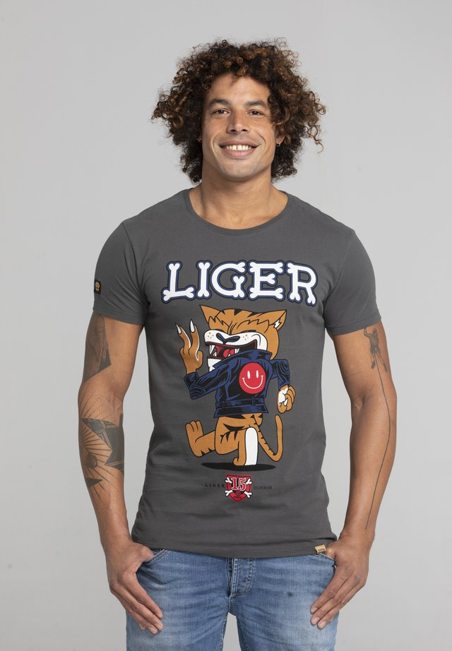LIMITED TO 360 PIECES - DARRIN UMBOH - LIGER - T-SHIRT PRINT - Print T-shirt - dark grey