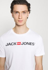 Jack & Jones - JJECORP LOGO TEE CREW NECK 3 PACK - Print T-shirt - white - 5