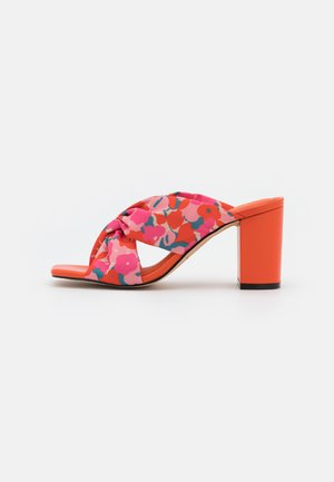 HISAURIE - Heeled mules - rose
