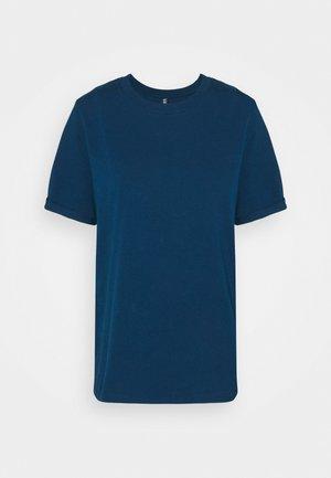 PCRIA FOLD UP SOLID TEE - Basic T-shirt - gibraltar sea