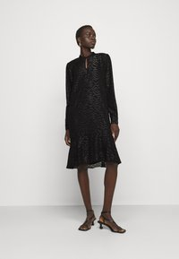Bruuns Bazaar - ALEXANDRIA CAMARI DRESS - Shirt dress - black - 1