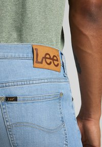Lee - RIDER - Slim fit jeans - bleached cody - 4