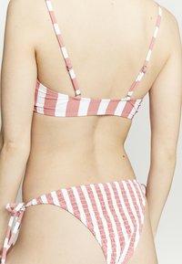 Cotton On Body - SCOOP CROP TIE SIDE SET - Bikini - rose smoke - 6