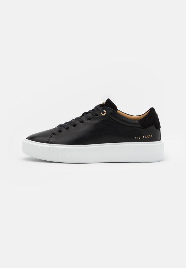 YINKA - Sneakers laag - black
