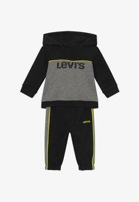 Levi's® - HOODIEJOGSET - Survêtement - black - 3